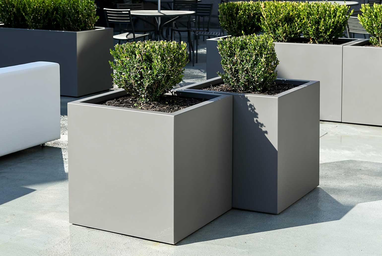 cube-planter-aluminum