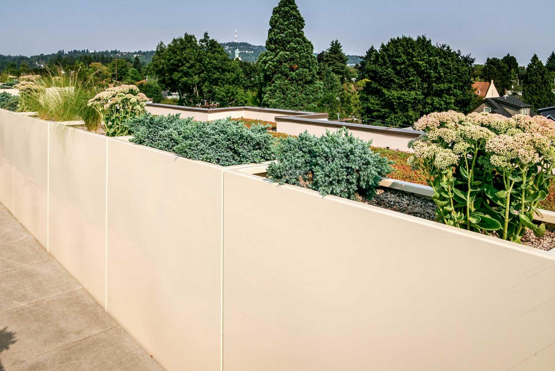 custom-planter-rooftop-garden